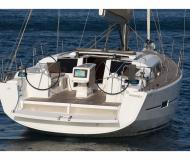 Sailing yacht Dufour 410 Grand Large for hire in ACI Marina Pomer