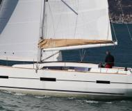 Yacht Dufour 412 Grand Large Yachtcharter in Castellammare di Stabia
