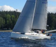 Sailing yacht Dufour 45 E for rent in Vancouver