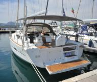 Yacht Dufour 460 Grand Large for hire in Portisco
