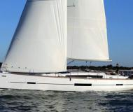Yacht Dufour 512 Grand Large chartern in Arona