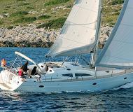 Segelyacht Elan 434 Impression Yachtcharter in Marina di San Vincenzo