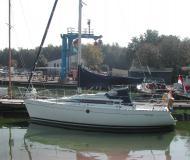 Segelyacht First 285 Yachtcharter in Hafen von Yerseke
