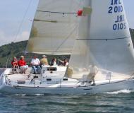 Segelyacht First 31.7 chartern in La Trinite sur Mer