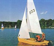Sailing boat Flying Bee for rent in Marina am Tiefen See
