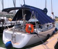 Yacht Grand Soleil 37 for hire in Marina Mandalina