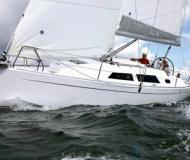 Sailing yacht Hanse 325 for hire in Heiligenhafen