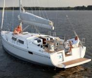 Sail boat Hanse 385 for charter in Hyeres Harbour