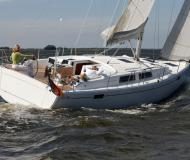 Yacht Hanse 385 chartern in Vila Franca do Campo