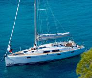 Sailing yacht Hanse 415 available for charter in Puntone
