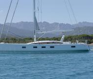 Yacht Jeanneau 64 for rent in Nice