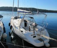 Segelyacht Oceanis 311 Yachtcharter in YC Marina