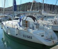 Yacht Oceanis 311 Clipper Yachtcharter in Castiglione della Pescaia