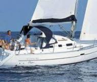 Sail boat Oceanis 323 for rent in Marina di Carloforte