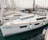 Yacht Oceanis 35 chartern in Biograd na Moru