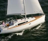 Segelyacht Oceanis 37 Yachtcharter in ACI Marina Pomer