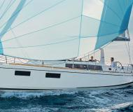 Sailing boat Oceanis 373 available for charter in Road Town
