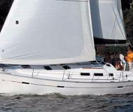 Yacht Oceanis 373 available for charter in Clifton