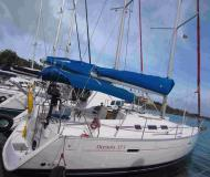 Sailing yacht Oceanis 373 for hire in Marigot Bay Marina