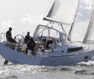 Segelboot Oceanis 38 Yachtcharter in Cannigione Marina