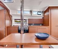 Yacht Oceanis 381 for charter in Marina di Portorosa