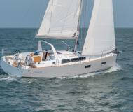 Sailing yacht Oceanis 381 for rent in Barcelona