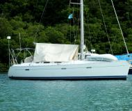 Sailing yacht Oceanis 393 Clipper for rent in Alghero