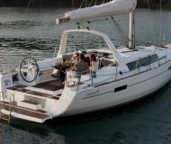 Yacht Oceanis 41 for rent in Kos Marina