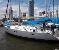 Yacht Oceanis 411 available for charter in Santa Marta