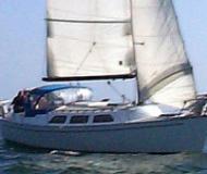 Oceanis 411 Sailingboat Charter Ermoupoli