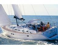 Sailing boat Oceanis 423 available for charter in Marina Cienfuegos