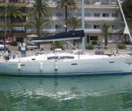 Sailing yacht Oceanis 43 available for charter in Santa Cruz de Tenerife