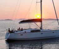 Segelboot Oceanis 43 chartern in Marina di Sant Elmo