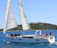 Yacht Oceanis 45 available for charter in Marine Betina