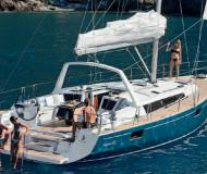 Sailing yacht Oceanis 48 available for charter in Santa Cruz de Tenerife