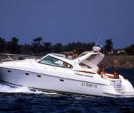 Motor boat Prestige 34 for charter in Cannigione Marina