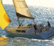 Sailing boat Sun Odyssey 30i for rent in Yerseke Harbour