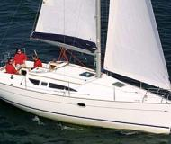 Sailing yacht Sun Odyssey 32 available for charter in Finikas