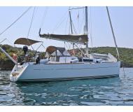 Segelyacht Sun Odyssey 33i chartern in Hafen von Skopelos