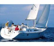 Segelboot Sun Odyssey 34 Yachtcharter in Marina Macinaggio