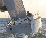Sailing yacht Sun Odyssey 349 for rent in San Vincenzo