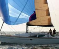 Sailing yacht Sun Odyssey 35 for charter in Finikas