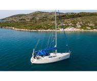 Yacht Sun Odyssey 36i chartern in Yachthafen Volos