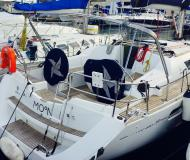 Sailing yacht Sun Odyssey 39i for rent in Palamos