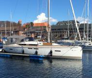 Segelyacht Sun Odyssey 409 chartern in Marina Porto Colom