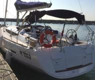 Sail boat Sun Odyssey 409 available for charter in Furnari