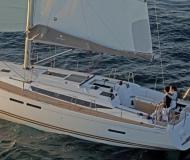 Yacht Sun Odyssey 439 chartern in Marina Altair