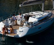 Sailing boat Sun Odyssey 509 available for charter in Palma