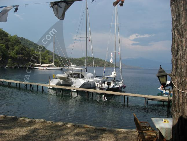 Catamaran Lagoon 380 for hire in Marmaris