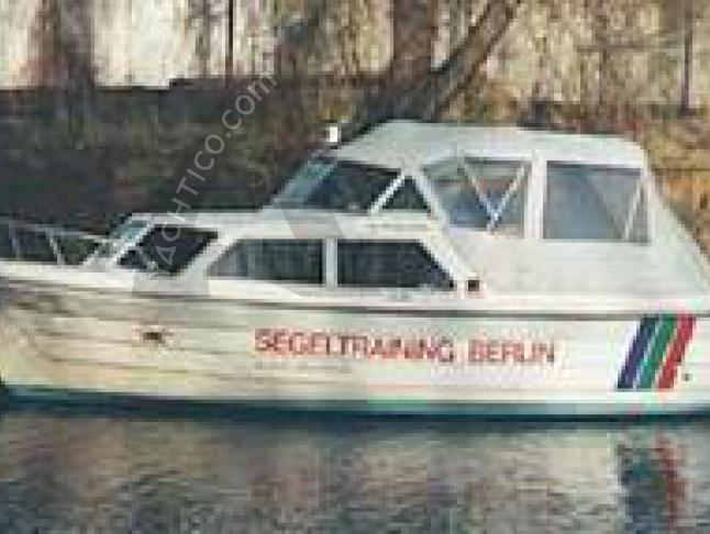 Yacht Biam 570 for hire in Potsdam